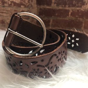 Vintage leather belt with cut out detail, small